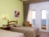 Hotel Miramar Habitacion con terraza 2-camas-terraza