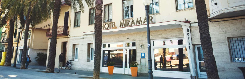 2-hotel-miramar-barcelona-fachada